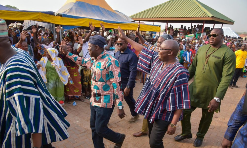 Bawumia pay courtesy call on Yagbonwura-EnewsGhana