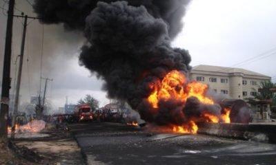 Fire-rages-along-Aba-Owerri-Road_1-600x400