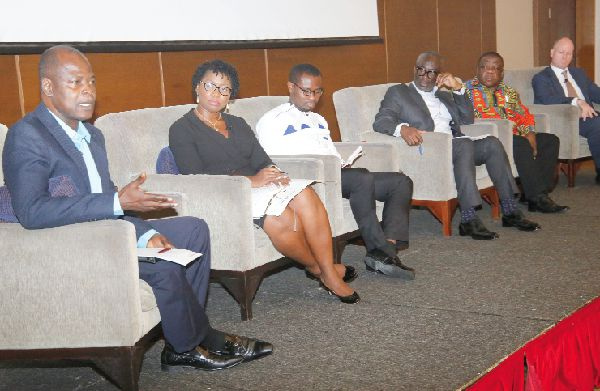 Don't mix oil trade with other activities - PIAC cautions