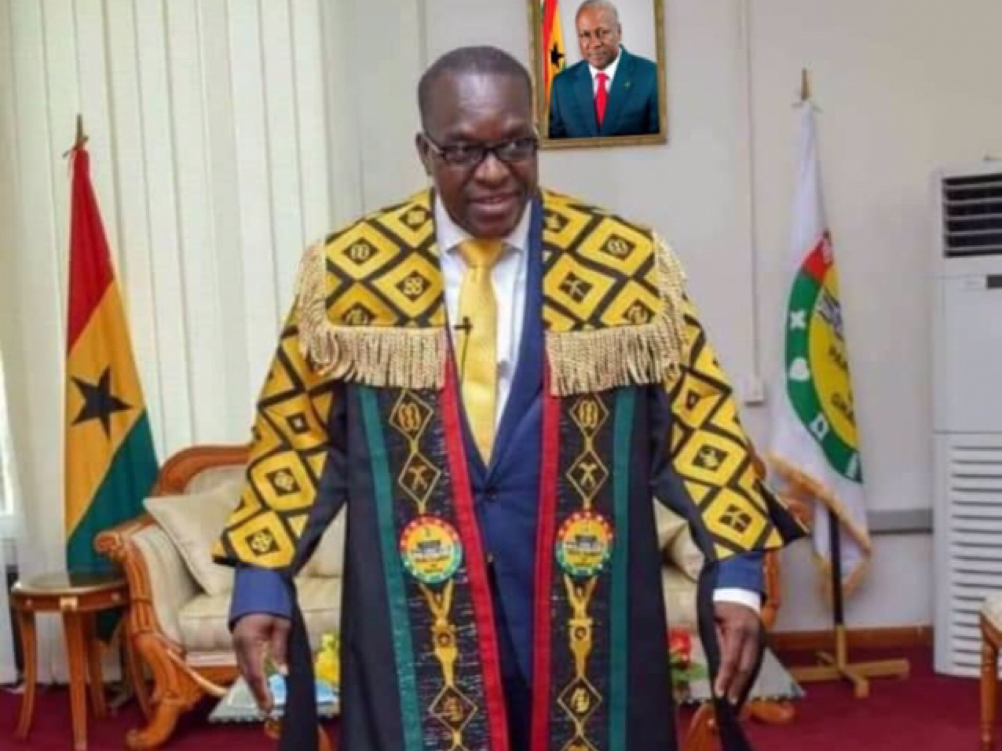 Alban Bagbin Meets NDC And NPP Caucus To Decide Who Is The Majority – Meeting Ends In Chaos