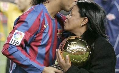 Ex-Brazilian Footballer, Ronaldinho Breaks Silence Over Mother's Death